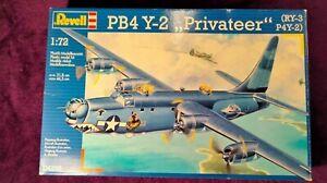 REVELL Ex-MATCHBOX 1:72 PB4 Y-2 PRIVATEER (RY-3,P4Y-2) Model Kit 04292 Seald Bag