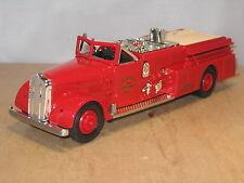 FIRE TRUCK 1955 WARD LA FRANCE - DYERSVILLE F.D. DIECAST BANK by ERTL (B492)