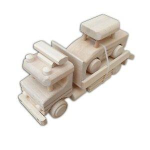 WOODEN TOY TOW TRUCK MADE OF NATURAL BEECH WOOD