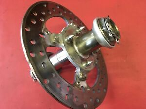 D38 Ducati Monster 1100 S EVO Radachse Achse Hinten Radmutter mit Bremsscheibe