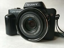 Sony Cyber-shot DSC-H10 8.1MP Digital Camera Zeiss 10x Zoom Lens