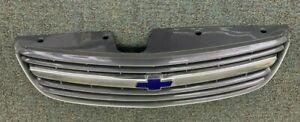 2000-2005 CHEVROLET MALIBU FRONT GRILLE W/ EMBLEM 22611203 OEM USED