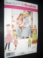 Aprons New Simplicity 3949 Pattern Teri's Sizes Misses10-20 Child 3-8