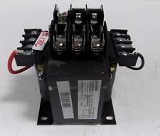SQUARE D TRANSFOMER 9070TF500D1 W/FUSE BLOCK LR21455