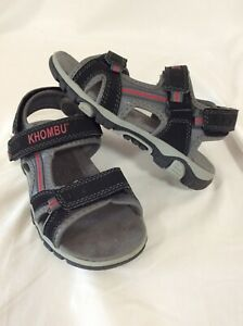 Boys KHOMBU  Active Sport SANDALS SIZE 1 Youth Black/Gray/ Red ...L4A-KH