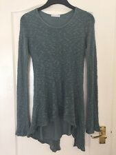 Dolce Rayazza Size S/M Green Lined Long Sleeved Top