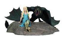 Game of Thrones Daenerys & Drogon Statue by Dark Horse