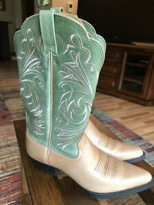 Ariat Tan Cowgirl Boots Size 8.5B! Quality Boots! Make An Offer!