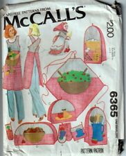 McCalls Sewing Pattern 6365 Kitchen Package w Blue Transfers for Appliques Apron