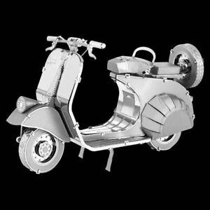 Metal Earth Classic Vespa 125 DIY laser cut 3D steel model kit