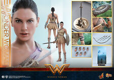 Hot Toys MMS424 Wonder Woman 1/6th Wonder Woman (Training Armor Version) Figure