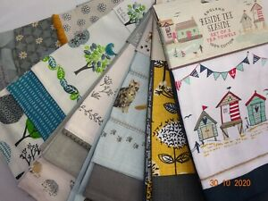 Cooksmart  3 Pack Tea Towel Set in Various Colours.  Lovely Designs to Choose