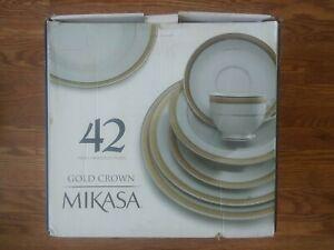 Mikasa Gold Crown 42 Pc Dinnerware Set for 8 New Mikasa Porcelain Dish Set #176