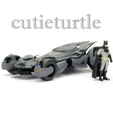 Jada Metals Batman v Superman Batmobile 1:24 Diecast with Batman Figure 98034