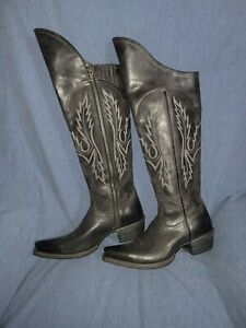 Ladies Ariat new Black Leather Tall Western Equestrian Boots W/ Zipper Size 6.5