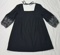 Miami Sz. XS Black & White Square Neck Boho Embroidered Sleeve Short Dress