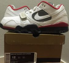 NIKE AIR TRAINER 2 SB SUPREME FIRE RED WHITE SIZE 12 US