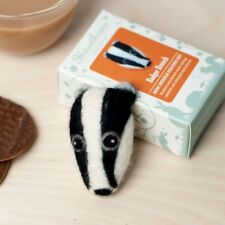 Needle Felting Kit - Make Your Own Mini Badger Head Brooch British Wool Craft