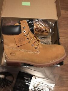 New In Box Men's Size 13 Timberland Premium Waterproof Boots (Wheat Nubuck)