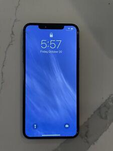 Apple iPhone Xs 512GB ATT Screen Cracked
