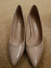 Lilley Size 8 Beige Patent Court Shoes New