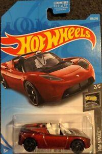Hot Wheels 2019 Tesla Roadster with Starman HW Space 2/5