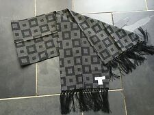 Paul Smith Gents Black / Grey 55% Cotton / 45% Viscose Evening Scarf.