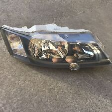 GENUINE HOLDEN VY SS RIGHT HAND HEADLIGHT BLACK SV8 S HEAD LIGHT COMMODORE 1