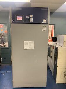 Bahnson ES2000 CDM Reach-In Stability Environmental Chamber (2-70°C, 10-96% RH)