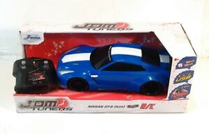 Jada Toys - JDM Tuners 1:16 Scale RC, 2009 Nissan GT-R (R35)