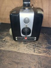 Vintage KODAK Brownie Hawkeye Camera FLASH Model Film 620 Decorative Piece.