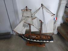 ancienne maquette bateau voilier La Recouvrance reconstitution aviso 1817 Bois