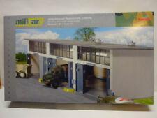 Herpa 745802 Reparaturhalle 3-ständig 335x150x85mm Military Bausatz 1:87 Neu