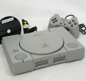 """PS Console SCPH-5500 Playstation Tested System JAPAN """"NTSC-J CD"""" A2989706"""