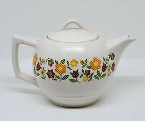 """VTG 1970's McCoy Pottery Tea Pot #140 Plaid Gingham Flowers Retro 4-Cup 5""""x8"""""""