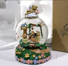 "Avon Garden Of Love Water Globe / Music Box Plays: ""Let Me Call You Sweetheart"""