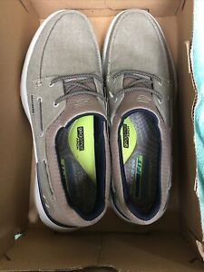 Mens Skechers  2 Eye  Garmo Memory Foam Slip On Shoes Size 10.5 Medium