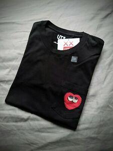 Kaws UNIQLO Heart Pocket Black T Shirt Brand New Deadstock US Extra Small 2016