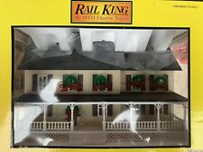 ✅MTH RAILKING CHRISTMAS PRO WEATHERED COUNTRY HOUSE W/ WREATHS