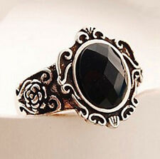 FD1484 Vintage Gothic Retro Personality Carved Black Stones Queen Mirror Ring