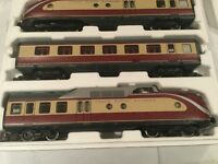 Piko g scale DB VT11.5 TEE Diesel 3 Car Train Set Item 37320 With extra Coach