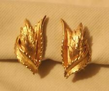 Classy Petite Goldtone Swooped Textured Leafy Clusters CLIP Earrings