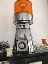 Ancien Robot Ménager CYCLONE Mixeur Déco Vintage Des Années 70 Chromé Modèle 273