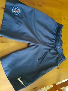 Trikot-Hose Shorts Paris St. Germain PSG nike Größe S small original aus Paris