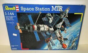 "Revell 1:144 Space Station ""MIR"" #04840 NIB"