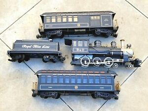 Bachmann | Locomotive 1332, Tender, 1063 & 1051 Cars | Royal Blue Line | G Scale