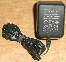 Enchufe Fuente alimentación 6V DC 300mA Conector hueco 3,5/1,35 mm Adaptador