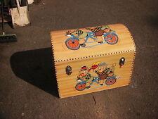 toy box teddy bears wooden