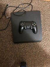PS4 Slim 1TB Works Great With Controller