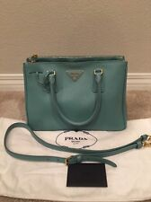 Authentic PRADA Saffiano Leather Medium Shoulder Bag Handbag Tote Purse